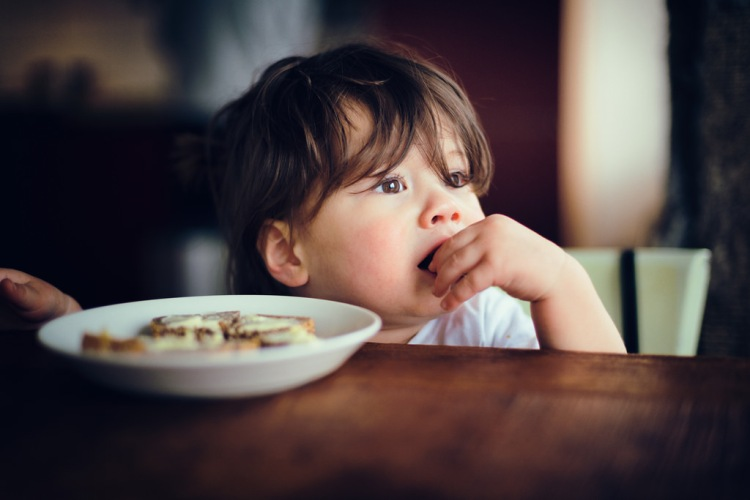 how to get your child children toddler kids to eat better with better manners
